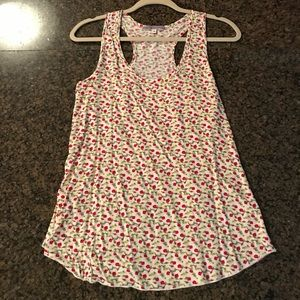 Tops - Super cute flower tank